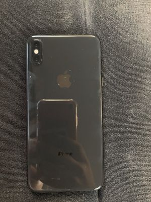 iPhone XS Max for Sale in Lyons, KS