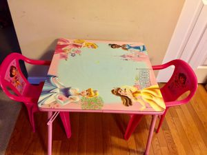 Kids Table and Chair Set Gently Used for Sale in Ballwin, MO