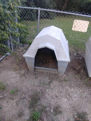 Large dog house for Sale in St. Louis, MO