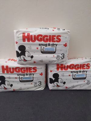 Huggies snug and dry size 3 for Sale in Goodyear, AZ