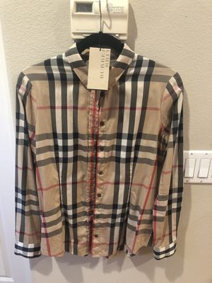 Burberry shirt for Sale in Rancho Cucamonga, CA