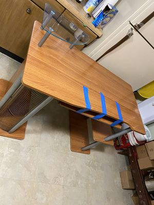 Desk for Sale in Stickney, IL