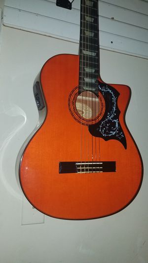 Guitarras clasicas nuevas electroacusticas disponibles for Sale in Brentwood, MD