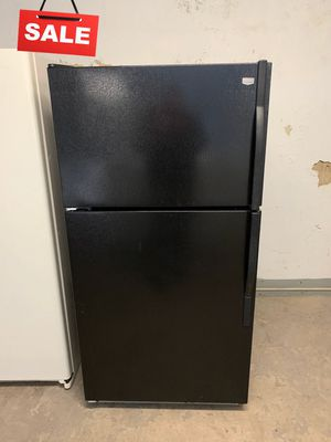 🚀🚀🚀With Icemaker Refrigerator Fridge Maytag Top Freezer #1349🚀🚀🚀 for Sale in Savage, MD