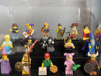 Lego Minifigure Complete Series 12 for Sale in Everett,  WA