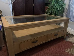Coffee table for Sale in Fort Myers, FL