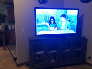 Tv with tv stand for Sale in Aberdeen, WA