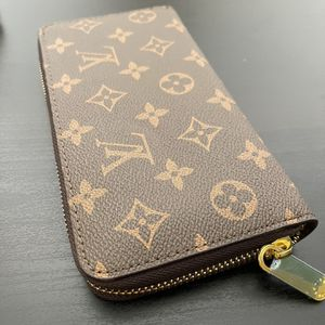 Brown Monogram Purse for Sale in Los Angeles, CA