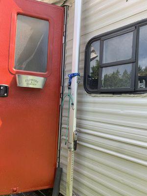 Rv camper trailer (fixer-upper) for Sale in Camas, WA