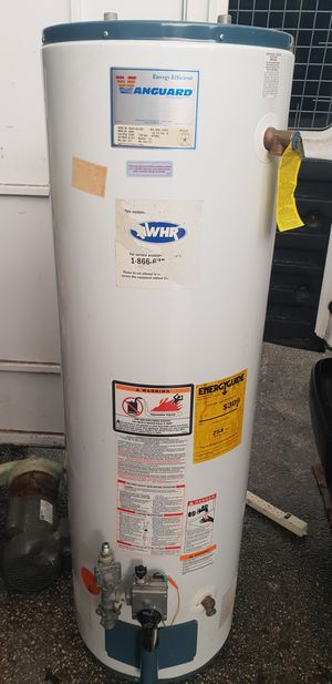 vanguard 40 Gal Gas Water Heater for Sale in Miami, FL