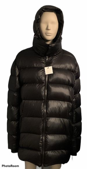 New Calvin Klein Men's X-Fit Down Puffer Black Jacket Size L for Sale in Jacksonville, NC