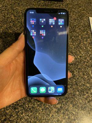 iPhone X 64g for Sale in Phoenix, AZ