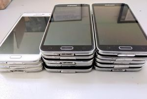 Unlocked wholesale Samsung galaxy s5 Lot of 10 for Sale in Miami, FL