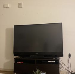 60 Inch Mitsubishi Tv for Sale in Los Angeles,  CA