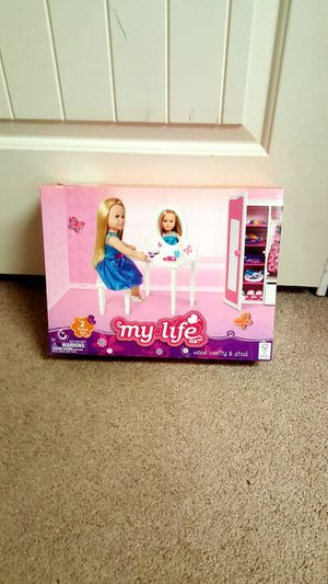 My Life As doll vanity and chair for Sale in Tacoma, WA