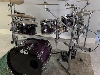 Custom DW Collectors Full Rack Drum Kit for Sale in Hollywood,  FL