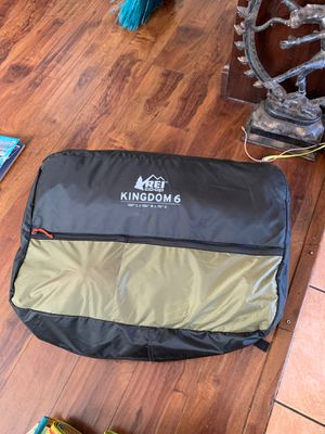 "Rep co.op kingdom 6. 120""L 100"" 75"" H tent camping for Sale in Calabasas, CA"