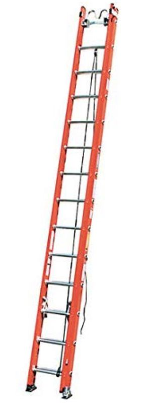28' fiberglass extension ladder with cable hooks for Sale in MONTGOMRY VLG, MD