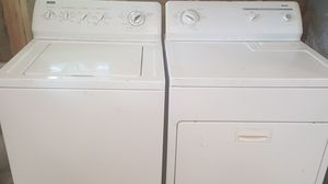 Heavy duty Kenmore washer and dryer Works great for Sale in Nashville, TN