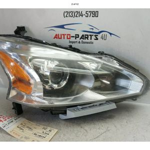 2013 2014 2015 NISSAN ALTIMA RIGHT PASSENGER HALOGEN W/ LED HEADLIGHT OEM UC43506 for Sale in Compton, CA