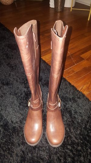New Women Guess Calf Boot Size 6 for Sale in Durham, NC