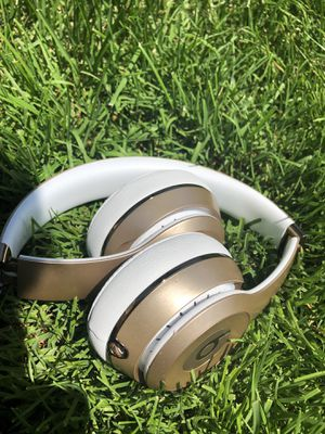 Beats Solo 3 Wirless. for Sale in Bensalem, PA