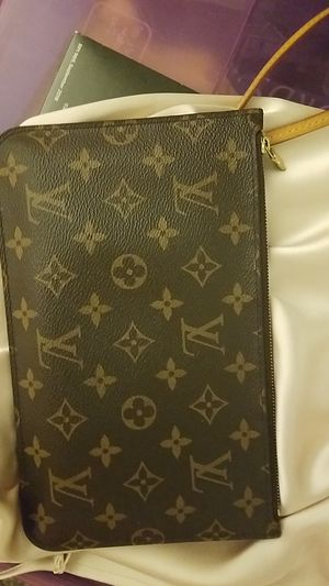 Louis Vuitton Wristlet for Sale in Honolulu, HI
