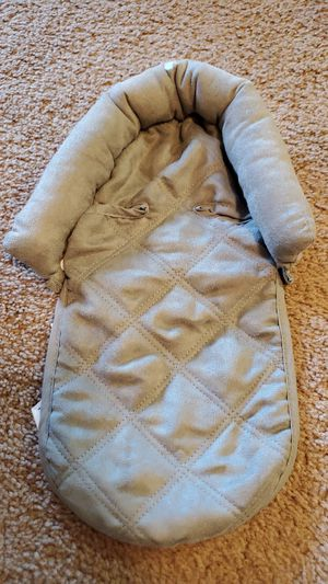 Car seat pillow for Sale in Richmond Hill, GA