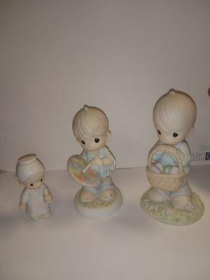 Precious moments figurines for Sale in Omaha, NE