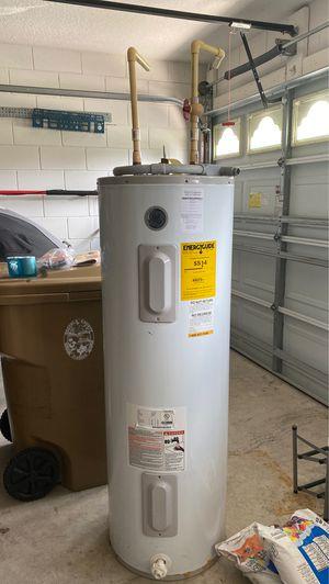 Water heater for Sale in MAGNOLIA SQUARE, FL