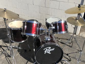 Beginner Drum Set $200. for Sale in Los Angeles,  CA