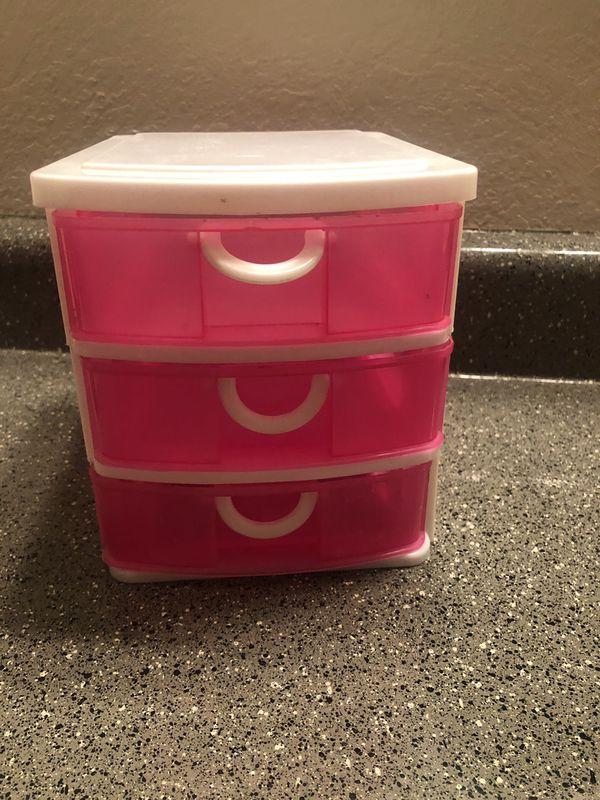 Mini Plastic Drawer Organizer in Pink