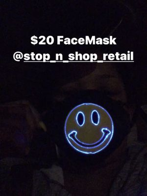 Face Mask (GlowUp) for Sale in St. Louis, MO