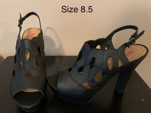 Black open toe strappy heels for Sale in Walton, KY