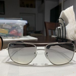Women's Ray Ban Sunglasses for Sale in Fort Worth, TX