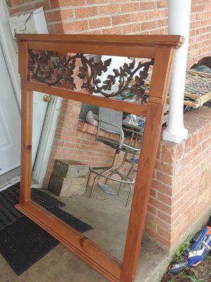 Bonito espejo grande barato $20 Dlls for Sale in Dallas, TX