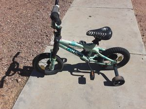 Jeep bicycle with training wheels for Sale in Oro Valley, AZ