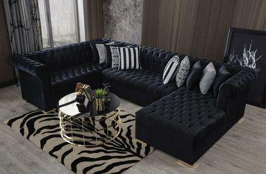 SALE Luxen black velvet raf chaise sectional sofa for Sale in Houston,  TX