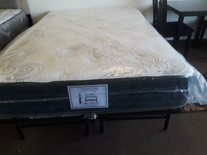 Full size mattress and boxspring for Sale in Las Vegas, NV