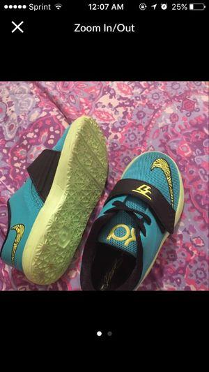 Toddler child Nike KD SIZE 9 for Sale in Philadelphia, PA