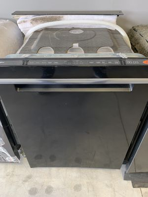 BRAND NEW WHIRLPOOL DISHWASHER for Sale in Houston, TX