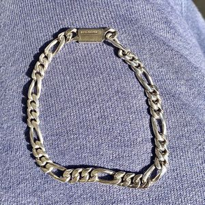 BEAUTIFUL SOLID 925 STERLING SILVER FIGARO LINK BRACELET for Sale in Los Angeles, CA