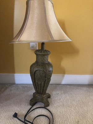 Set of 2 table lamps for Sale in Waldorf, MD