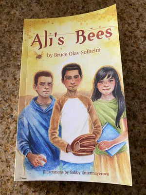 Ali's Bees book By: Bruce Olav Solheim for Sale in Baldwin Park, CA