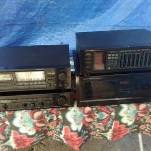 Amplificadores, Bocinas Y Subwoofers for Sale in Acampo, CA