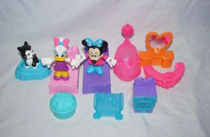 """Mattel Disney Minnie Mouse Daisy & Figaro 3"""" Figures & 9 Accessory Pcs DTR38 2016 for Sale in Seattle, WA"""