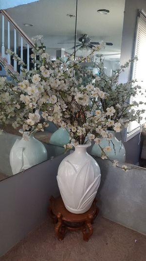 Flowers pot for Sale in Westland, MI