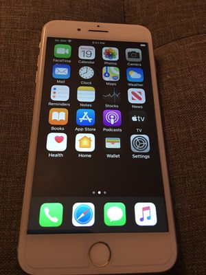 I am trading or selling a iPhone 7 Plus for Sale in Tampa, FL