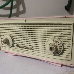 Vintage Admiral AM/FM Radio for Sale in Gig Harbor, WA