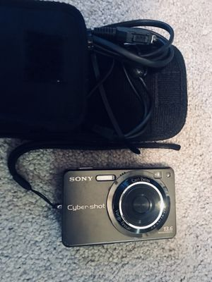 Sony Cybershot Digital Camera for Sale in Wilmington, NC
